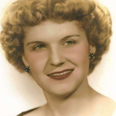 Mary Rita Raesner's Image