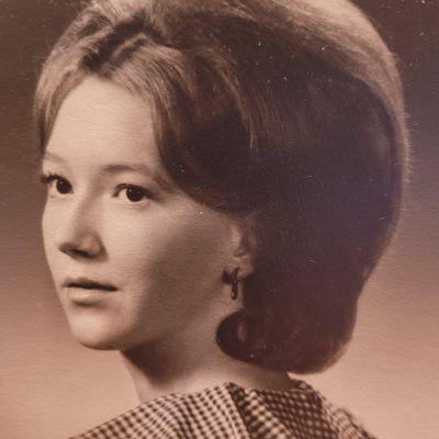 Susan L. Simonelli's Image