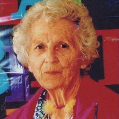 Betty  Schneider