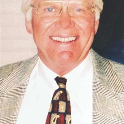 Dr. Harry  Killian's Image
