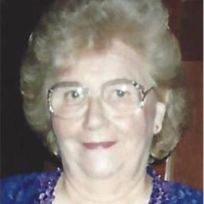 Elizabeth Prunier Forbes's Image