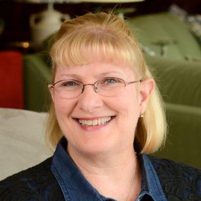 Gina  Gunn's Image