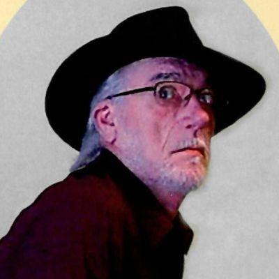 James E Hobbs's Image
