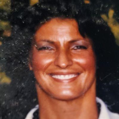 Lois  Turner's Image