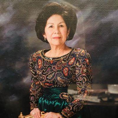 Lois  Flores's Image