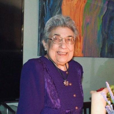 Dolores  Aguirre's Image