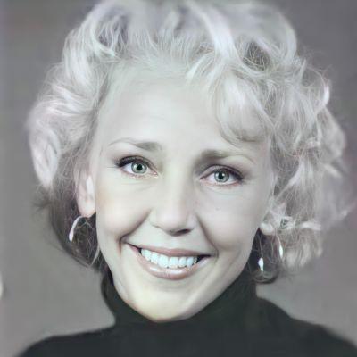 Kerri Jo Hill's Image
