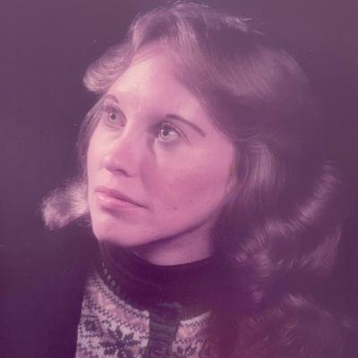 Deborah L. Desmarais's Image