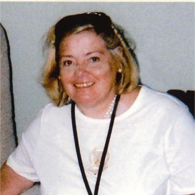 Holly  Delohery's Image