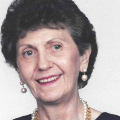 Julia  Skinner's Image