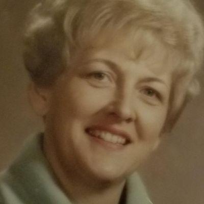 Donna Jean Helmers Thiele's Image